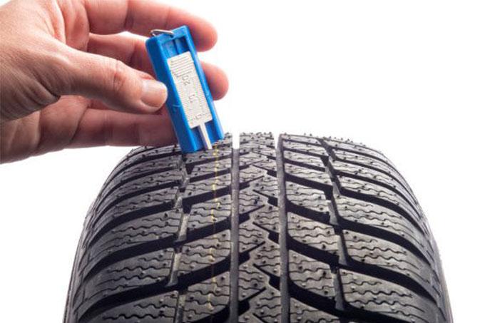 merenje dubine šare na pneumatiku